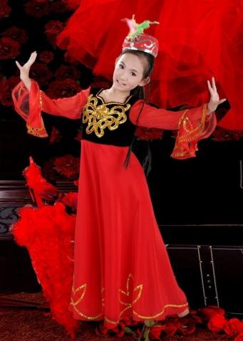 疆舞的女生发型图片 跳新疆舞的女生发型图片大全 社会热点图片 非图片